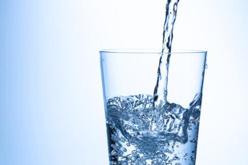 [硬水と軟水]ランナーの水分補給におすすめなのは?